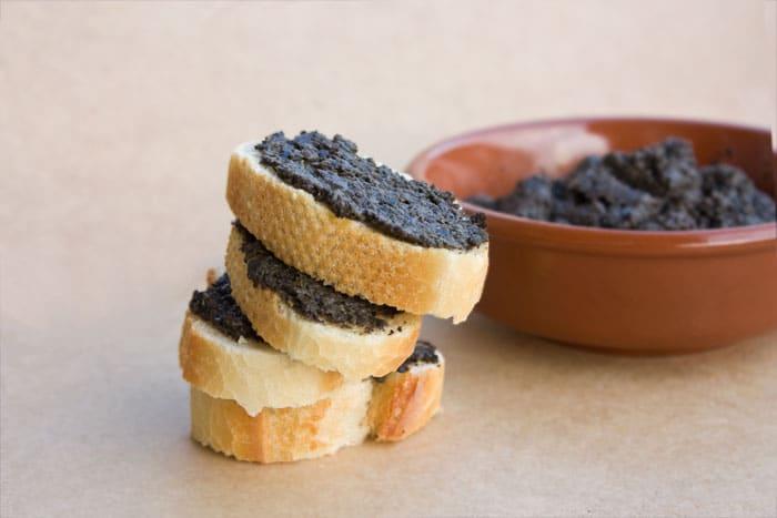tapenade aux olives noires sans anchois madame gertrude. Black Bedroom Furniture Sets. Home Design Ideas